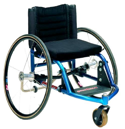 fauteuil roulant adapt aux personnes de petite taille. Black Bedroom Furniture Sets. Home Design Ideas