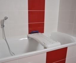 achat planche de bain eco pour se doucher sur la baignoire. Black Bedroom Furniture Sets. Home Design Ideas