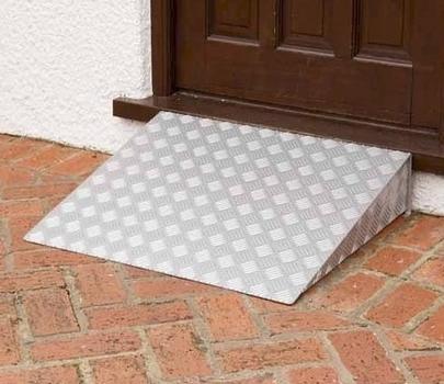 achat rampe de seuil en aluminium pour marches pour. Black Bedroom Furniture Sets. Home Design Ideas