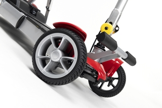 Scooter pliant Vermeiren Alya détail des roues avant