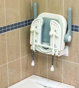 Siège douche assise découpée relevable et rembourrée