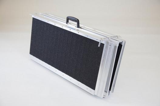 Rampe valise pliable en quatre 152 cm