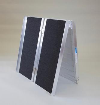 Rampe valise pliable en quatre 183 cm 2