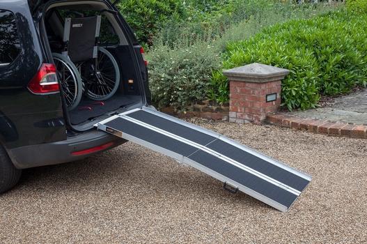 Rampe valise pliable en quatre 183 cm 4